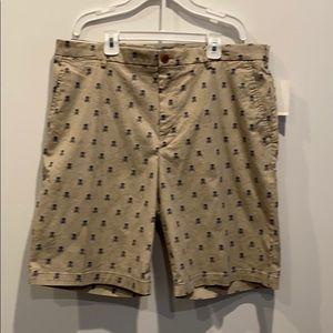 NEW Pirate Skull Jolly Roger Izod Men's Shorts